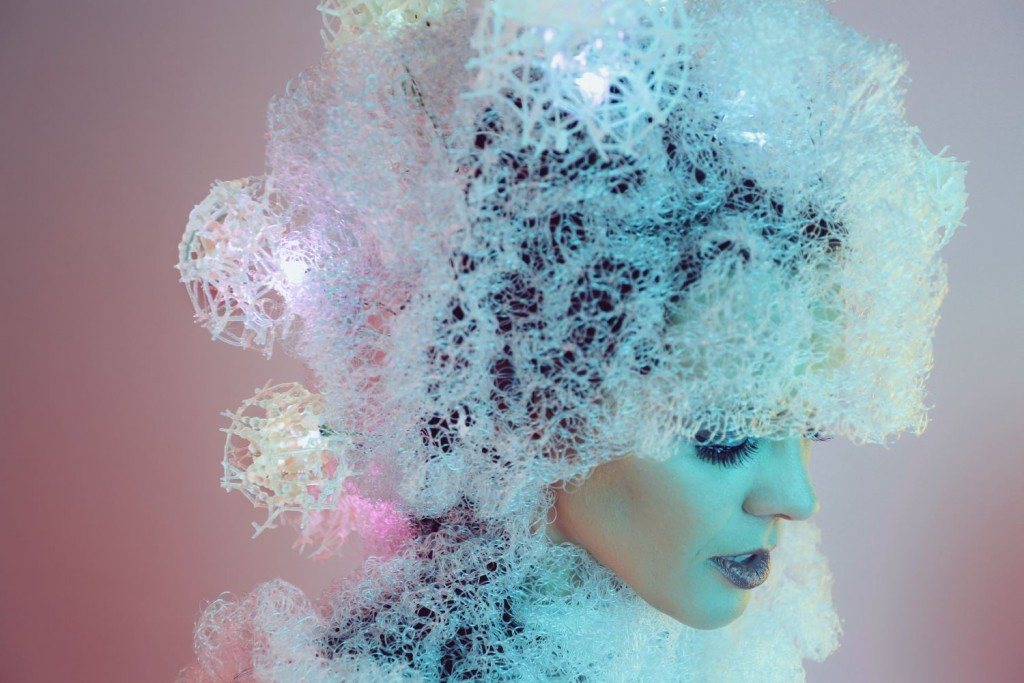 3D Printed Headdress Reflects the States of Your Brain