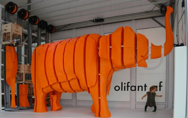 3D Print Enormous Objects With The Z-Unlimited Rails System