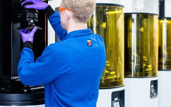 3D Printing Start-Up Carbon Lands Major Investment