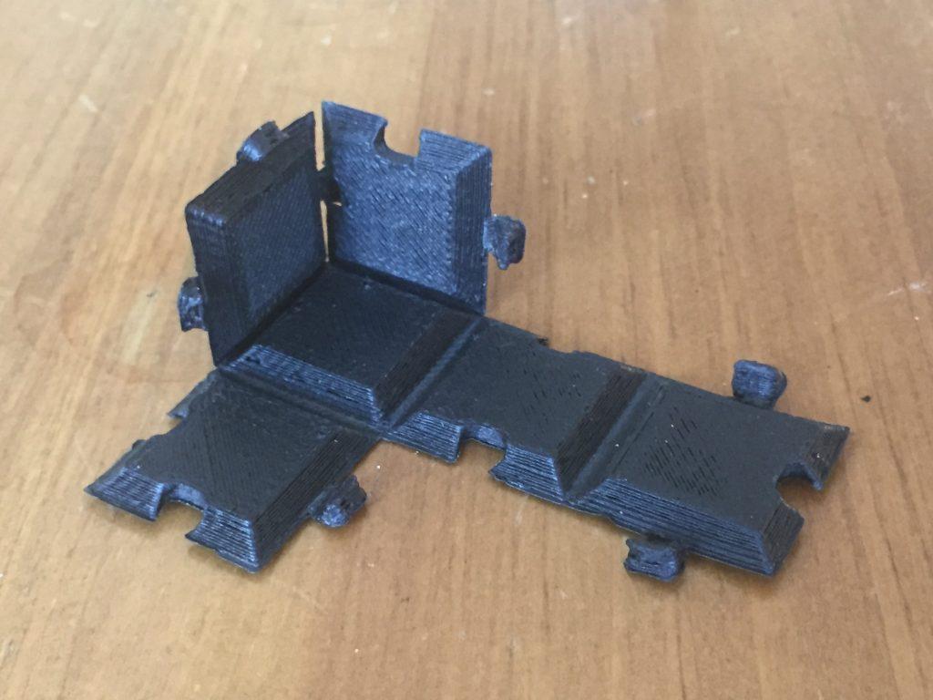 3D printed folding Box flat
