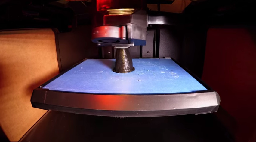 """Specialized 3D printer using """"additive manufacturing"""" to create rhino horn"""