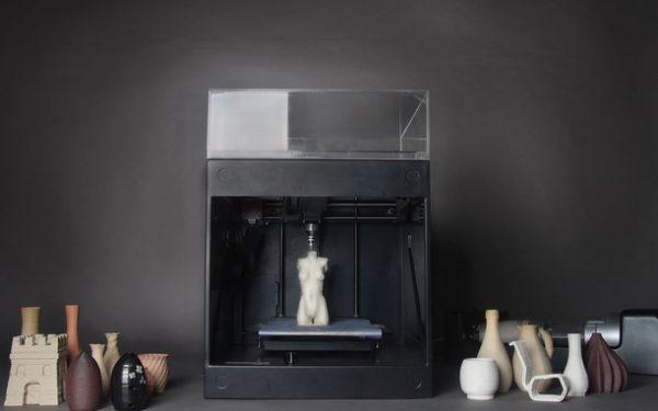 The ClayXYZ Desktop 3D Printer Processes Reusable Materials