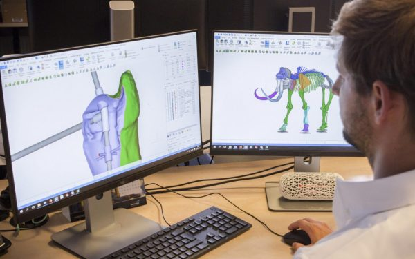 Materialise Printing Mammoth Skeleton Replica