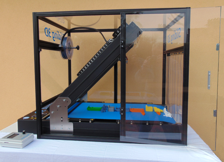 Robot Factory Sliding-3D Prints Continuously With Conveyer Belt