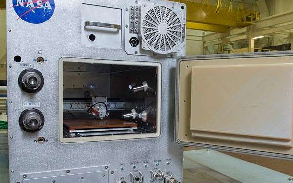 Refabricator 3D Printer Aboard ISS Turns Space Waste Into Filament