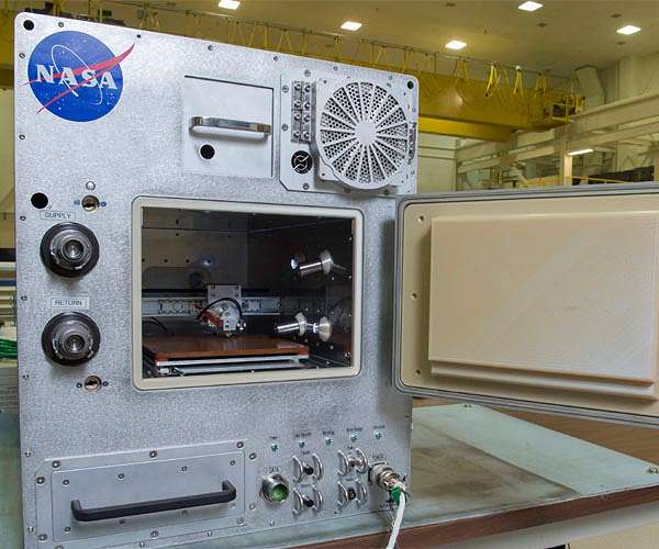 Refabricator Printer Aboard ISS Turns Space Waste Into Filament