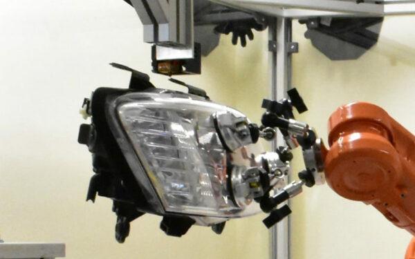 """Australian """"Repairbot"""" Repairs Cars with 3D printing"""