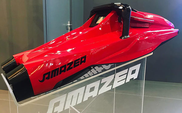 Take a Dive with this 3D Printed Underwater Scooter: AMAZEA