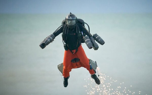 Next Gen Flying Suit Coming Soon thanks to AM