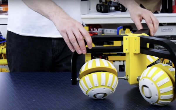 3D Printed Ball Wheels Are On A Roll