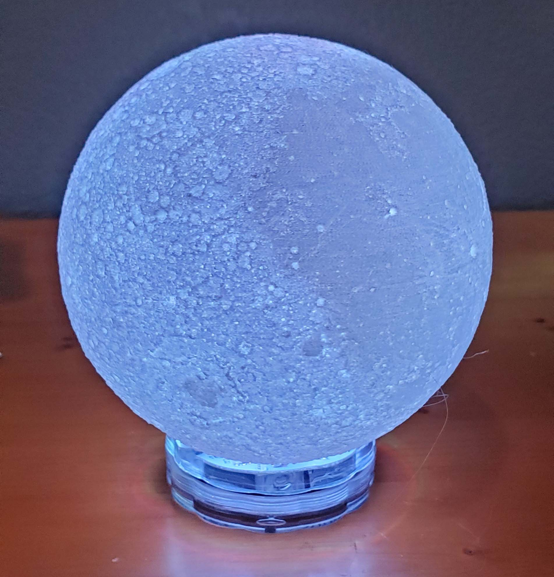 creator3 moon lamp