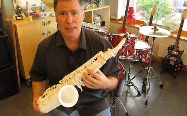 Olaf Diegel Now 3D Prints a Saxophone