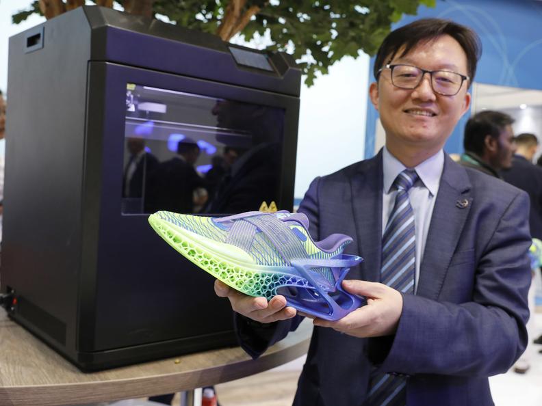 Recyclable TPU Shoe